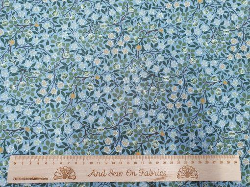 V&A William Morris Fabric - Clover Mural Citadel 2681-04