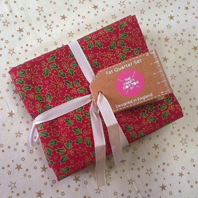 The Craft Cotton Co Christmas - Red Fat Quarter Set
