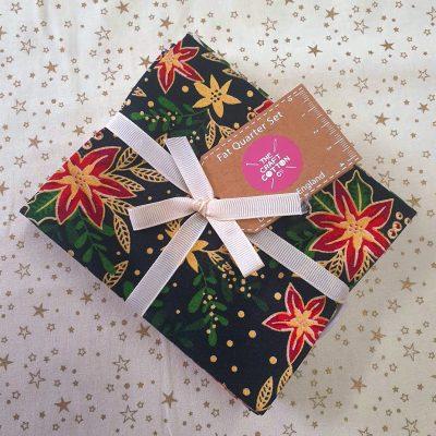 The Craft Cotton Co Christmas - Black Fat Quarter Set