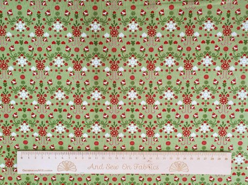 Moda Fabrics - Hustle & Bustle Pear 30665 17