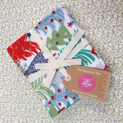 Craft Cotton Co – Colourful Christmas Fat Quarter Bundle 2799-00